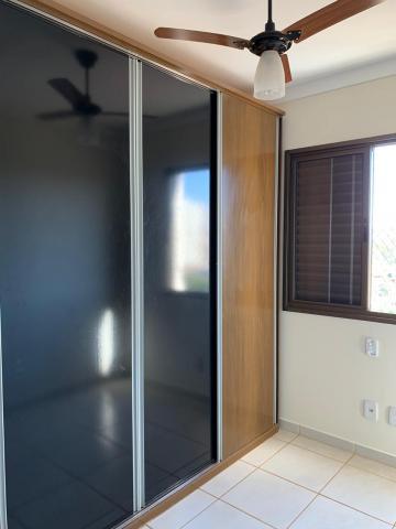 Alugar Apartamento / Padrão em Ribeirão Preto R$ 1.500,00 - Foto 14