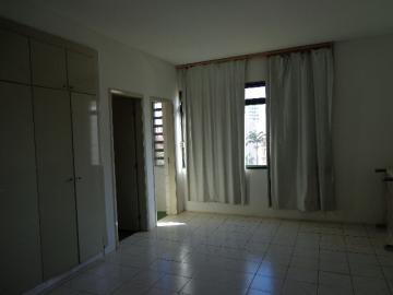 Alugar Apartamento / Kitchnet em Ribeirão Preto R$ 500,00 - Foto 14