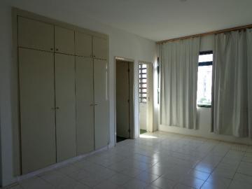 Alugar Apartamento / Kitchnet em Ribeirão Preto R$ 500,00 - Foto 17