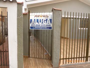 Casa / Padrão em Ribeirão Preto Alugar por R$650,00