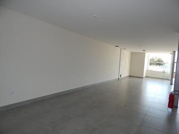 Comercial / Sala em Ribeirão Preto Alugar por R$3.900,00