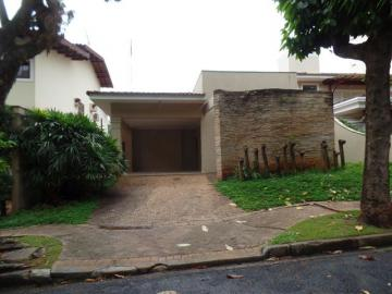 Casa / Condomínio em Ribeirão Preto Alugar por R$3.800,00