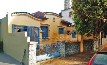 Casa / Padrão em Ribeirão Preto Alugar por R$2.000,00
