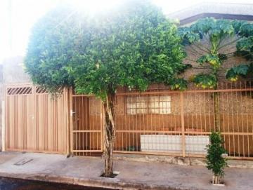 Alugar Casa / Padrão em Ribeirão Preto. apenas R$ 185.000,00