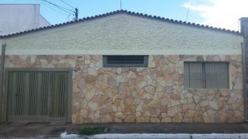 Alugar Casa / Padrão em Ribeirão Preto. apenas R$ 1.300,00