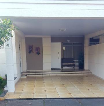 Alugar Casa / Condomínio em Ribeirão Preto. apenas R$ 440.000,00