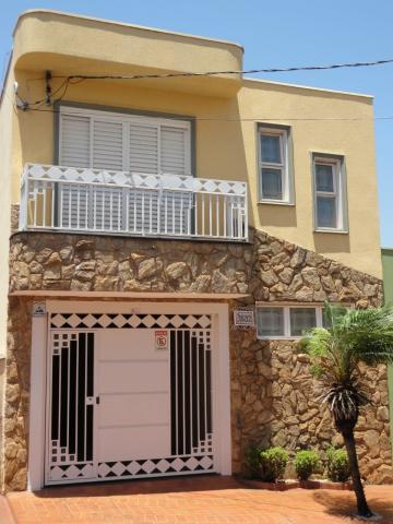 Alugar Casa / Padrão em Sertãozinho. apenas R$ 420.000,00
