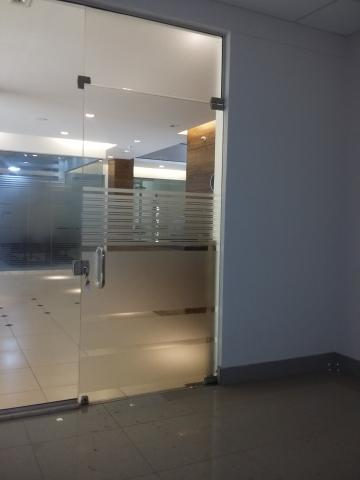 Alugar Comercial / Sala em Ribeirão Preto. apenas R$ 4.000,00