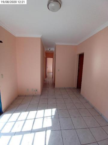 Alugar Apartamento / Padrão em Ribeirão Preto R$ 675,00 - Foto 2