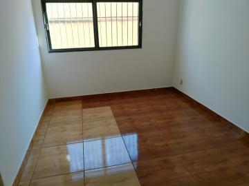Alugar Apartamento / Padrão em Ribeirão Preto. apenas R$ 135.000,00