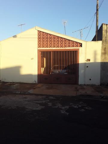 Alugar Casa / Padrão em Ribeirão Preto. apenas R$ 140.000,00
