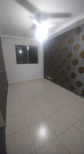 Apartamento / Padrão em Ribeirão Preto Alugar por R$720,00