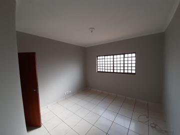 Apartamento / Padrão em Ribeirão Preto Alugar por R$850,00