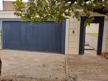 Alugar Casa / Padrão em Ribeirão Preto. apenas R$ 1.880.000,00