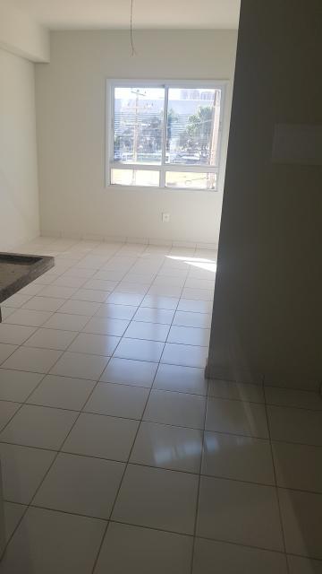 Alugar Apartamento / Padrão em Ribeirão Preto. apenas R$ 141.000,00