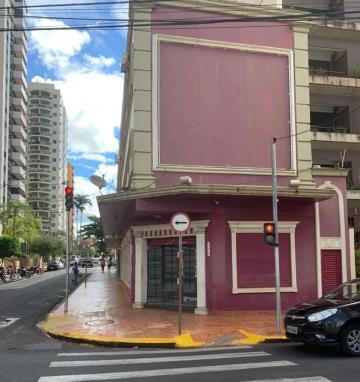 Alugar Comercial / Salão em Ribeirão Preto. apenas R$ 10.000,00