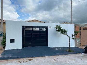 Casa / Padrão em Ribeirão Preto Alugar por R$850,00