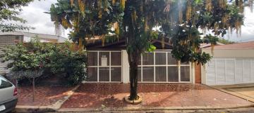 Casa / Padrão em Ribeirão Preto Alugar por R$3.200,00