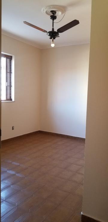 Alugar Casa / Padrão em Ribeirão Preto R$ 3.000,00 - Foto 9