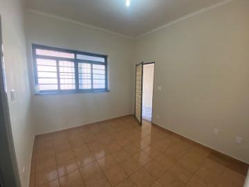 Alugar Casa / Padrão em Ribeirão Preto R$ 1.100,00 - Foto 3