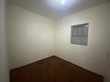 Alugar Casa / Padrão em Ribeirão Preto R$ 1.100,00 - Foto 7