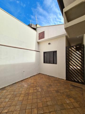 Alugar Casa / Padrão em Ribeirão Preto R$ 1.600,00 - Foto 19