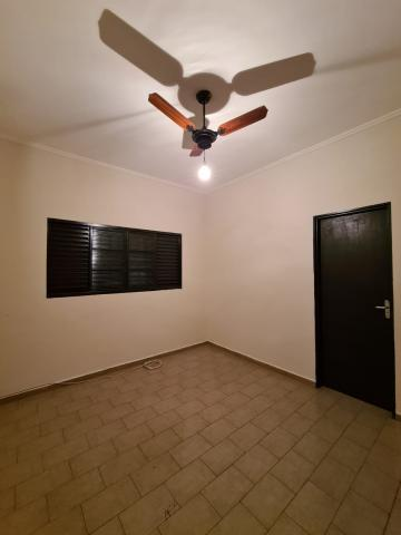 Alugar Casa / Padrão em Ribeirão Preto R$ 1.600,00 - Foto 25