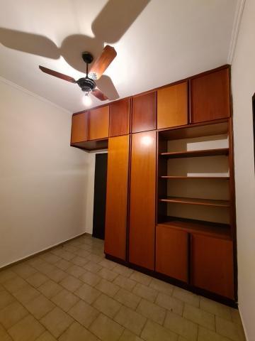Alugar Casa / Padrão em Ribeirão Preto R$ 1.600,00 - Foto 28