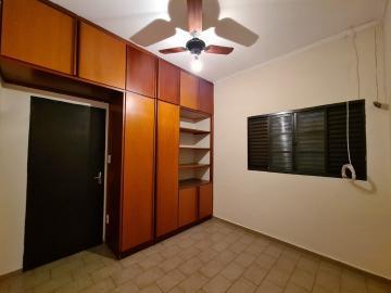 Alugar Casa / Padrão em Ribeirão Preto R$ 1.600,00 - Foto 29