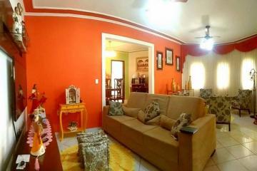 Comprar Casa / Padrão em Ribeirão Preto R$ 800.000,00 - Foto 4