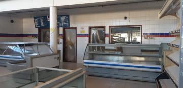 Alugar Comercial / Salão em Batatais. apenas R$ 6.000,00