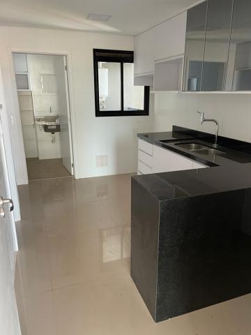 Alugar Apartamento / Padrão em Ribeirão Preto R$ 4.500,00 - Foto 7
